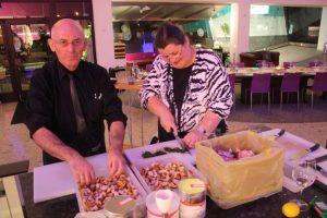 Monika & Petar Fuchs beim gemeinsamen Kochkurs in Salzburg